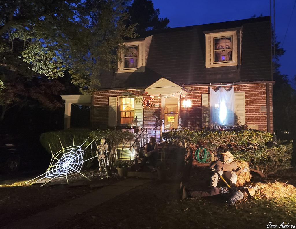 Casa decorada per Halloween a Behtesda