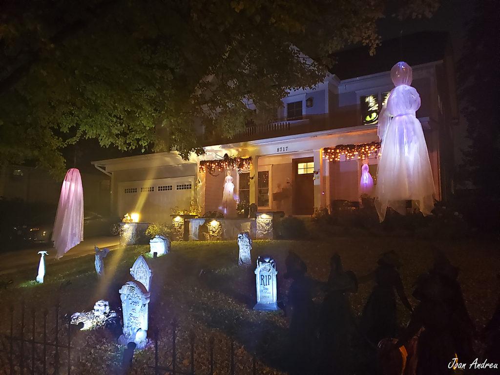 Casa decorada per Halloween a Bethesda