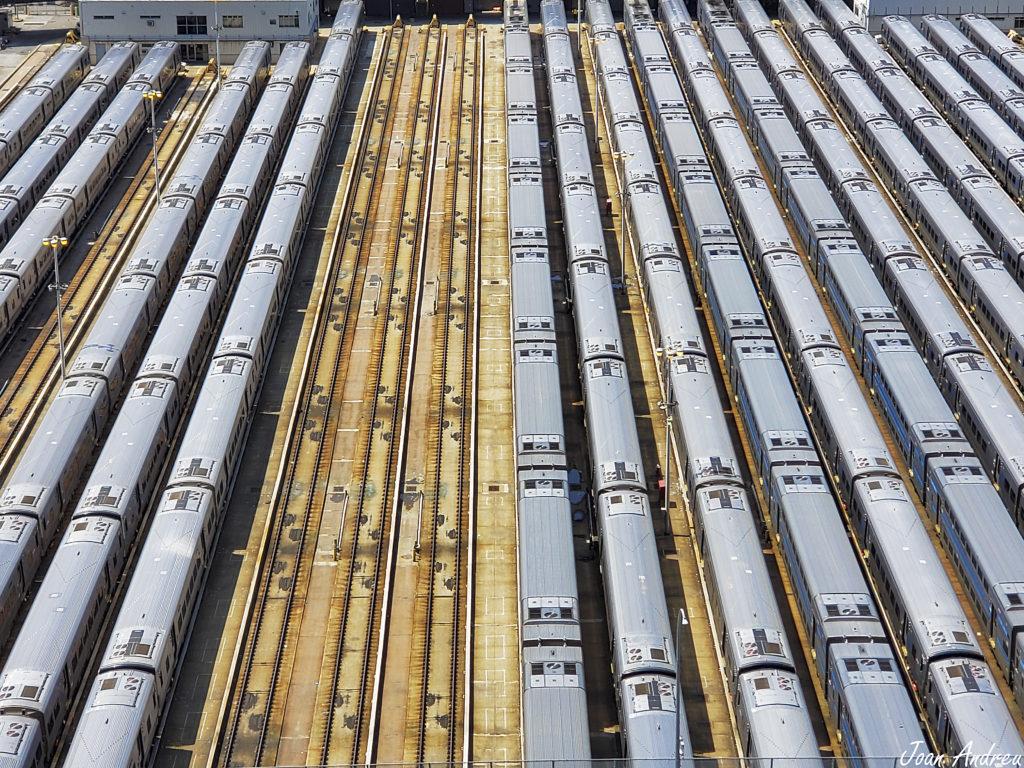 Vista sobre el pati ferroviari des del Vessel