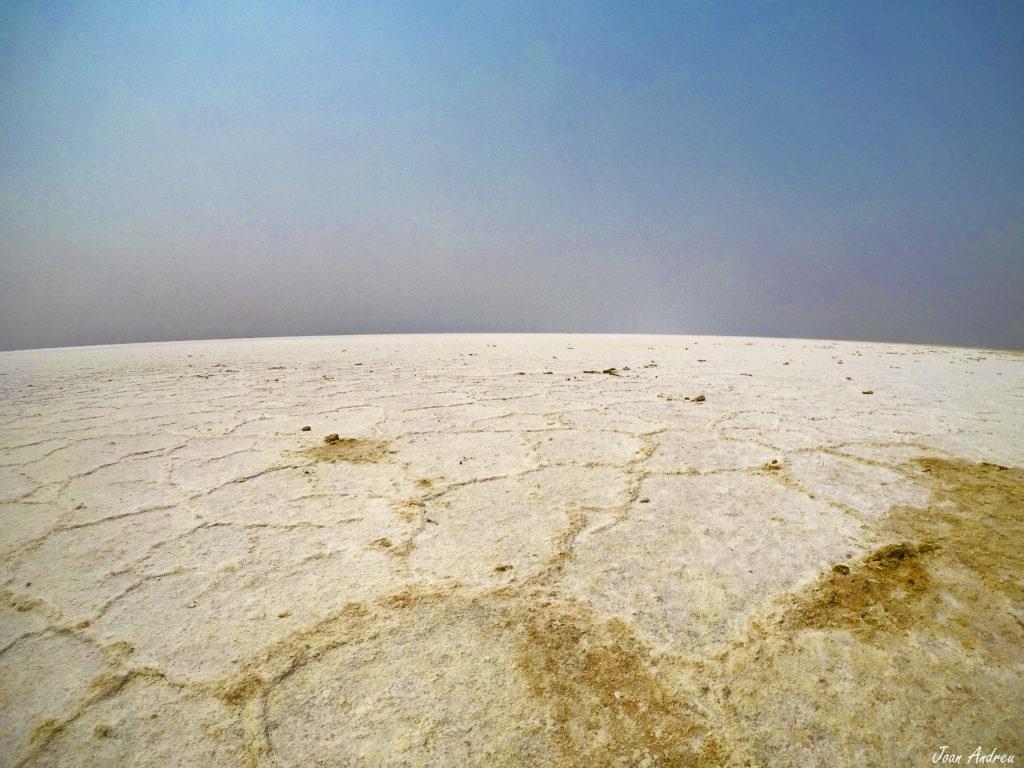 El mar de sal del Badwater Basin a Death Valley